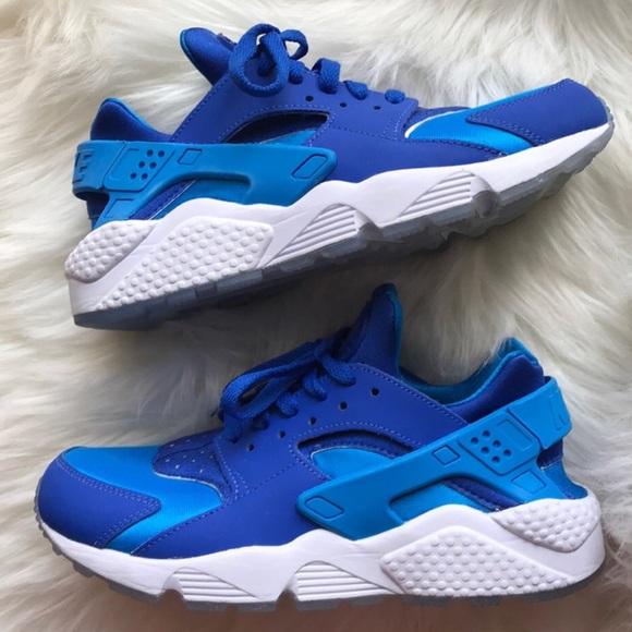 51fded77ba86 Nike id huarache blue women s size 8 shoes